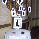 Manzanita branches proved to be a fun way to display the guests' silhouettes for all to see before taking home later.