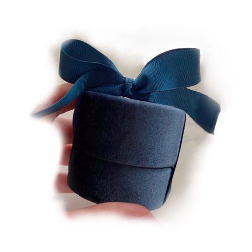 velvet pendant box